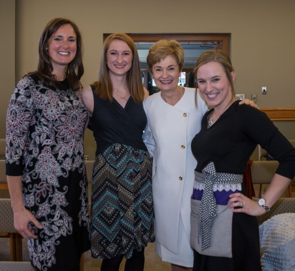 Kate, Eileen and Kathy on Kathy's beautiful Wedding day!!! Love to all of these ladies!!!