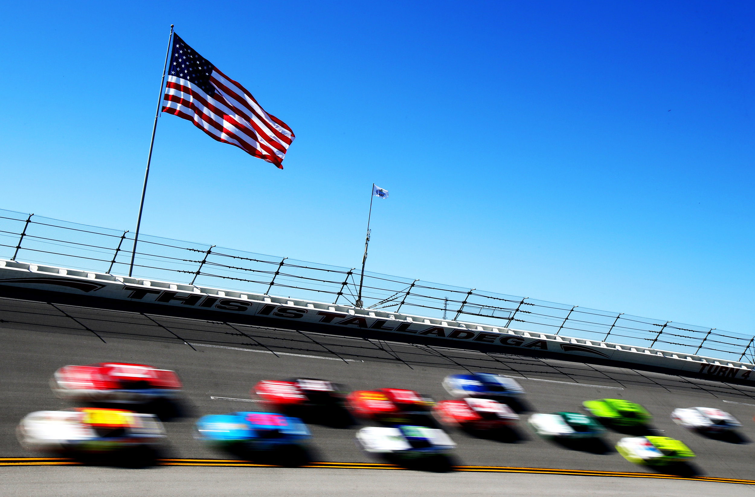 TALLADEGA, AL - MAY 07: Cars race during the Monster Energy NASCAR Cup Series GEICO 500 at Talladega Superspeedway on May 7, 2017 in Talladega, Alabama. (Photo by Tim Bradbury/Getty Images)