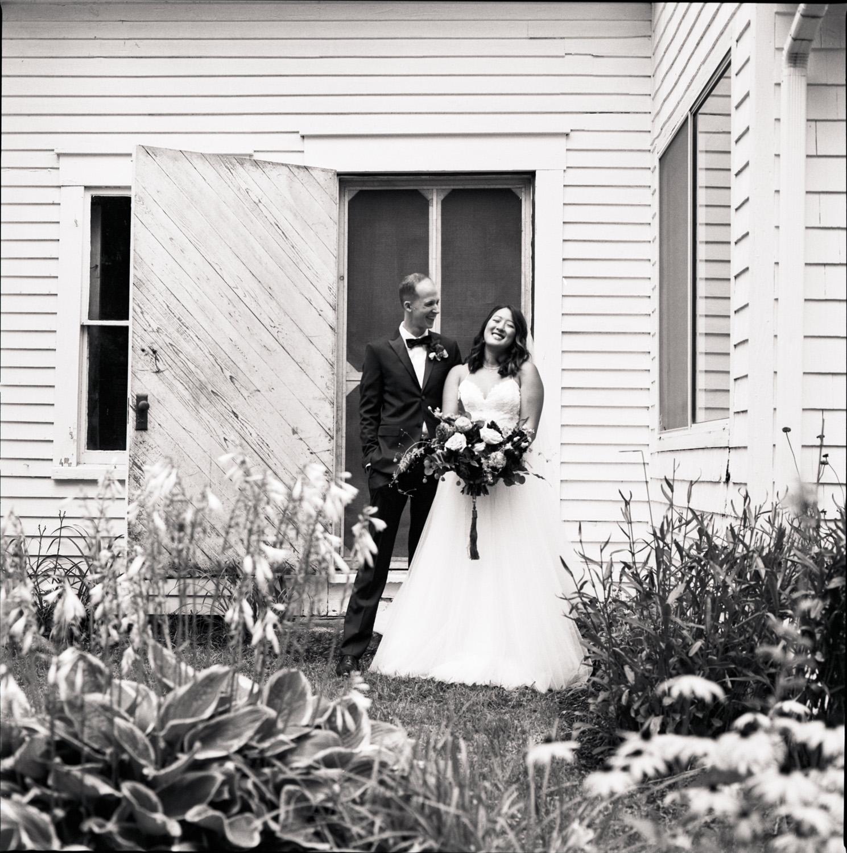 Barn_on _the_Pemi_Wedding_015.jpg