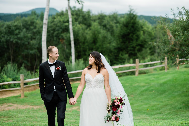 Barn_on _the_Pemi_Wedding_038.jpg