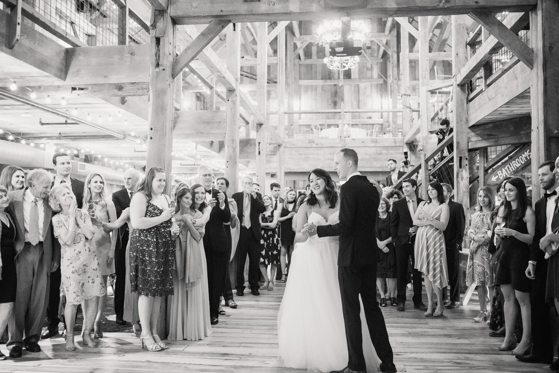 Barn_on _the_Pemi_Wedding_056.jpg