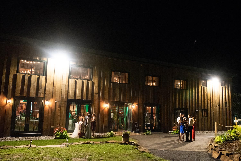 Barn_on _the_Pemi_Wedding_080.jpg