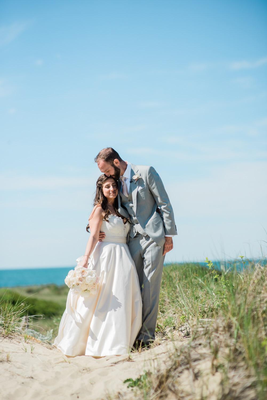Nantucket_Galley_Beach_Wedding_012.jpg
