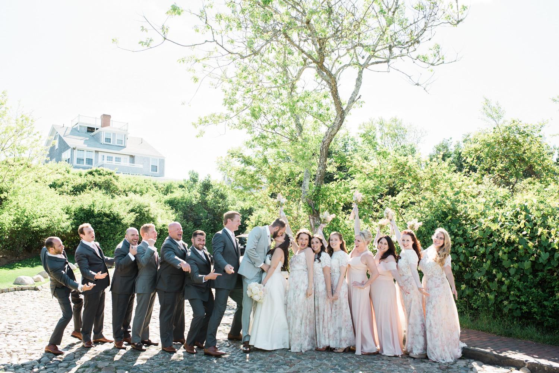 Nantucket_Galley_Beach_Wedding_014.jpg