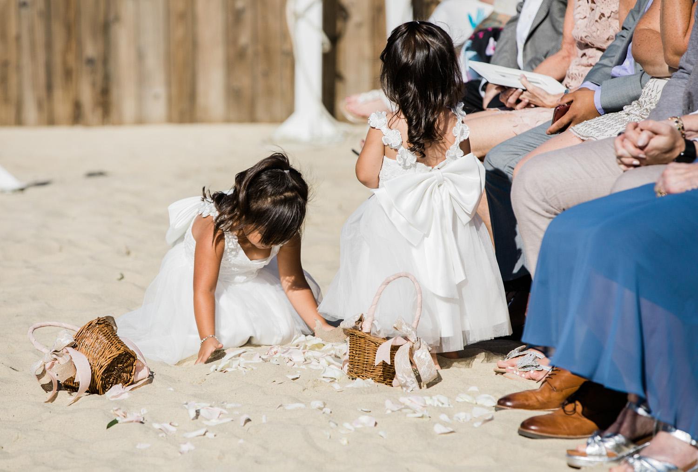 Nantucket_Galley_Beach_Wedding_020.jpg