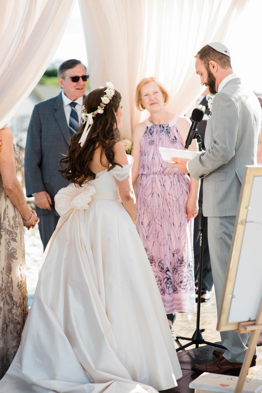 Nantucket_Galley_Beach_Wedding_021.jpg