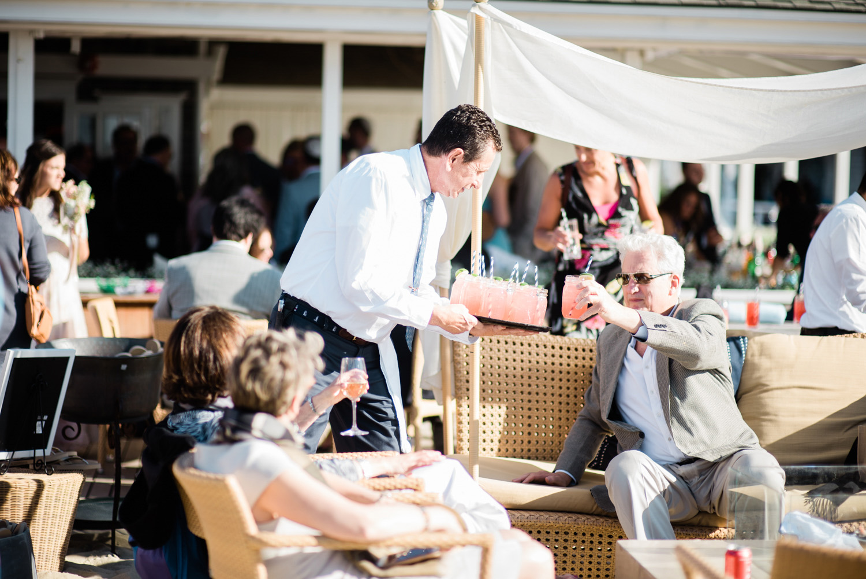 Nantucket_Galley_Beach_Wedding_034.jpg