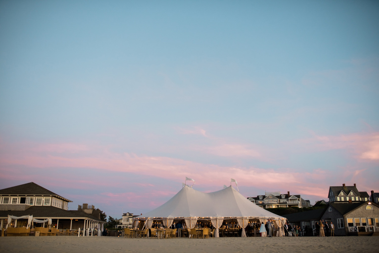 Nantucket_Galley_Beach_Wedding_065.jpg