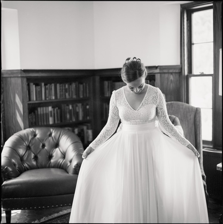 Aldworth_Manor_Summer_Wedding_012.jpg