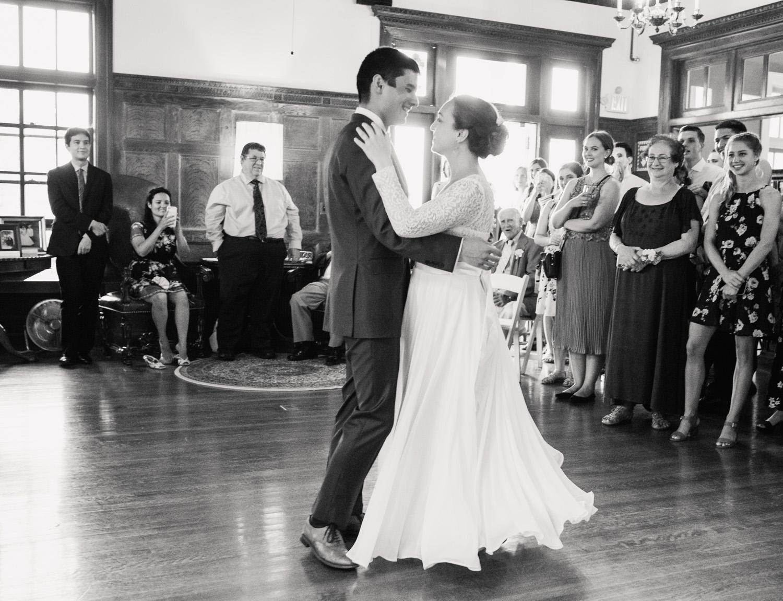 Aldworth_Manor_Summer_Wedding_045.jpg