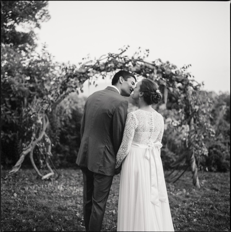 Aldworth_Manor_Summer_Wedding_067.jpg