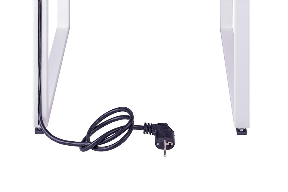 Höhenverstellbare Gummifüße schonen Ihren Holzboden Stromkabel verläuft versteckt im rückseitigen Gestell