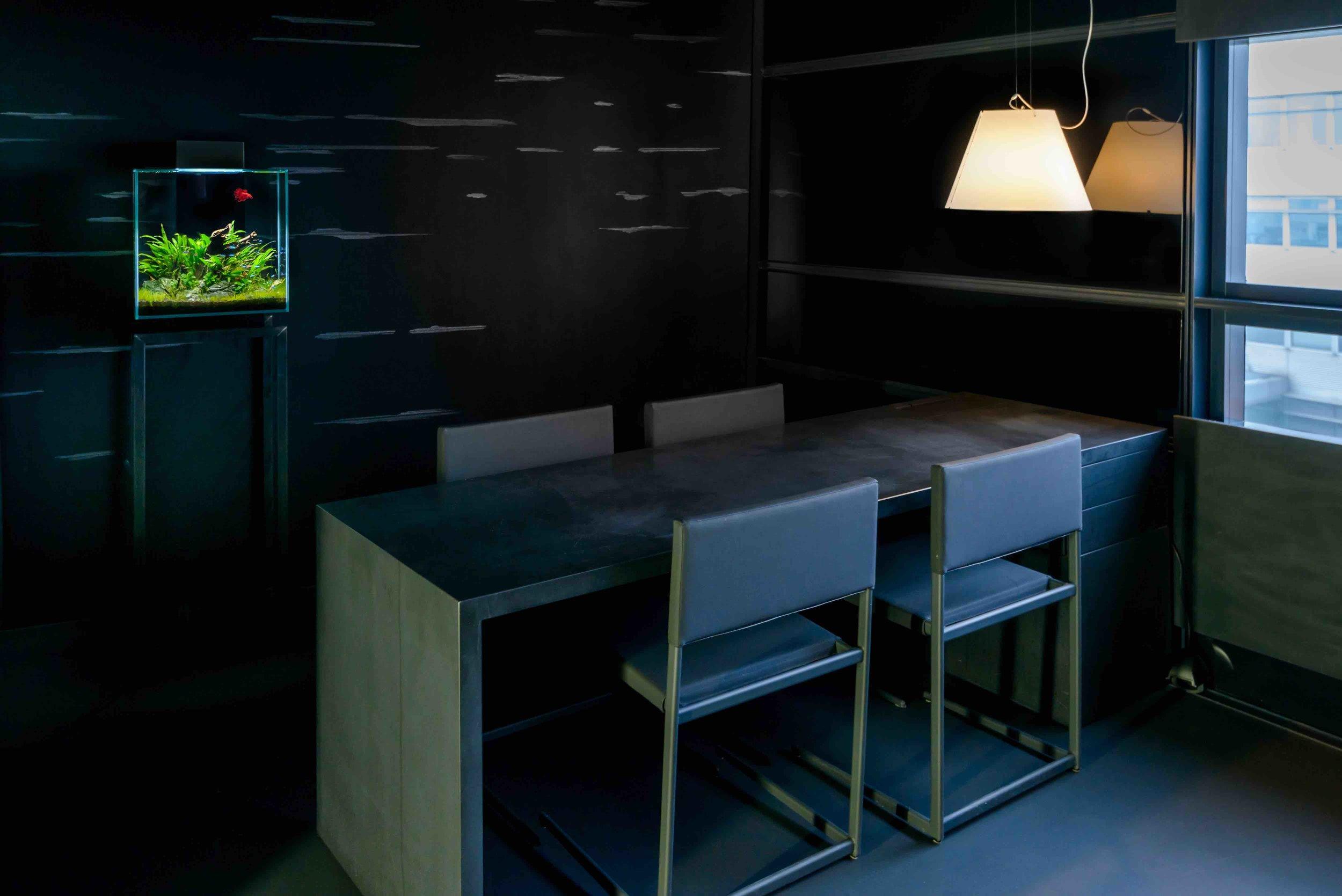 Livecube Aquarium Stilwerk Wohnzimmer klein.jpg