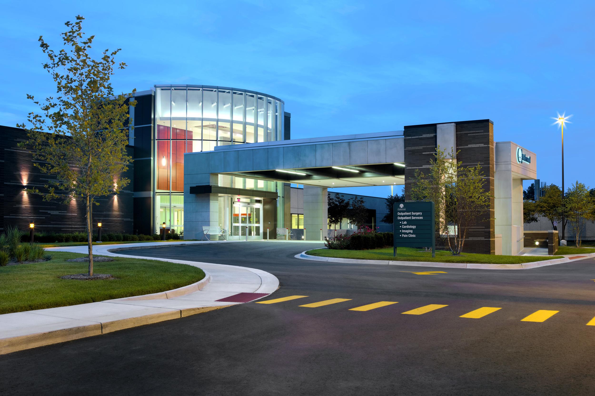 oakwood-heritage-hospital-canopy