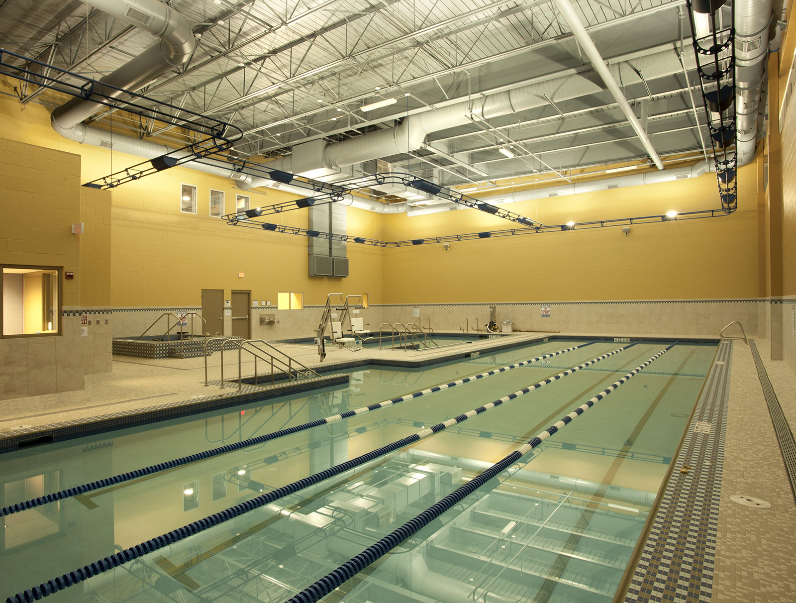 beaumont-health-and-wellness-pool