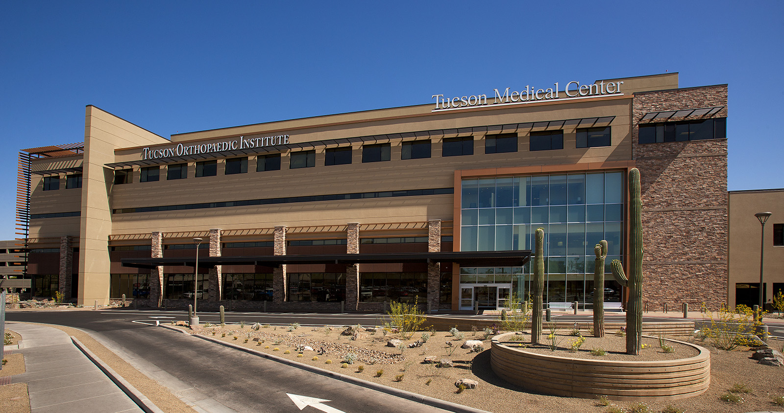 tucson-medical-center-exterior