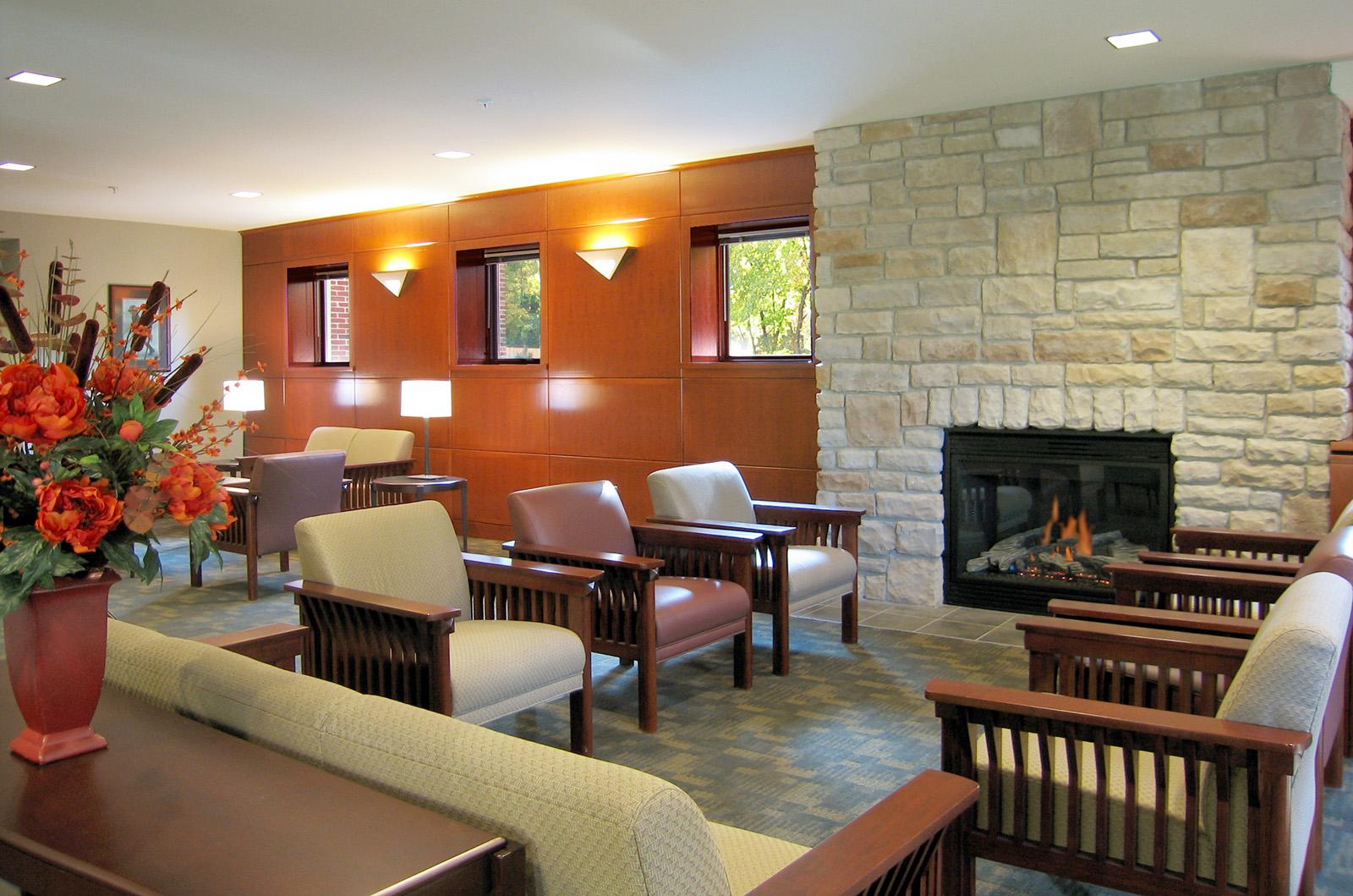 university-of-michigan-evans-scholars-lounge