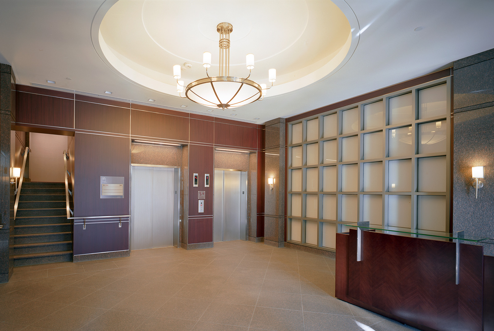 325-old-north-woodward-lobby