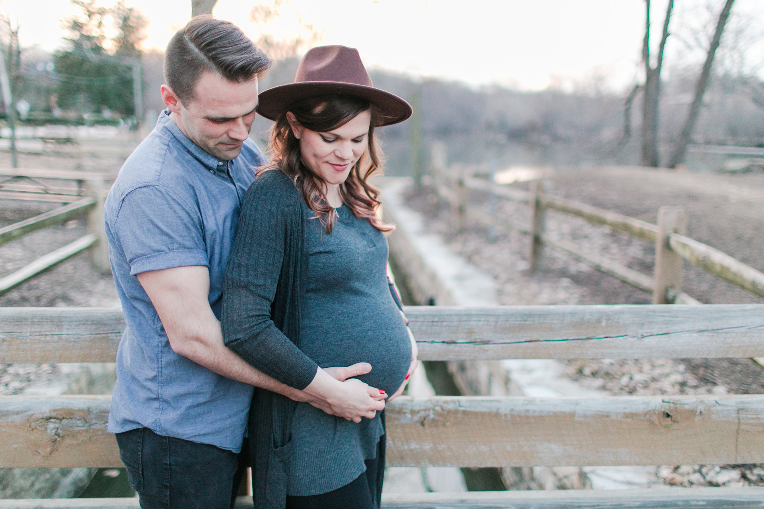 Graue Mill Oak Brook Maternity Photography