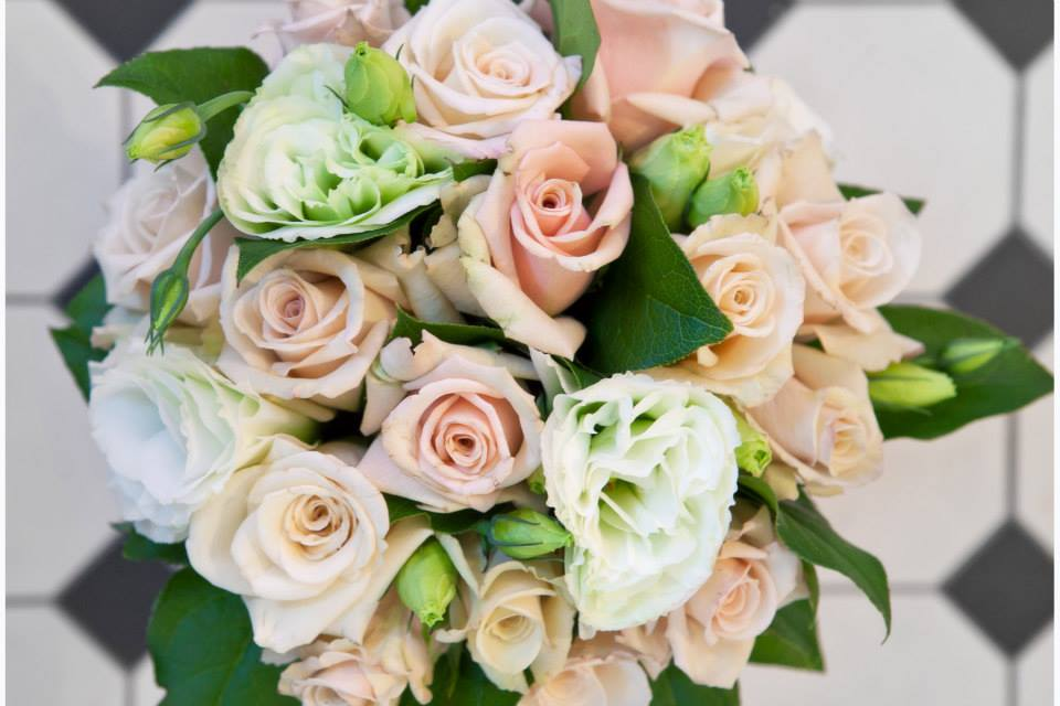 Roses and lisianthus.jpg