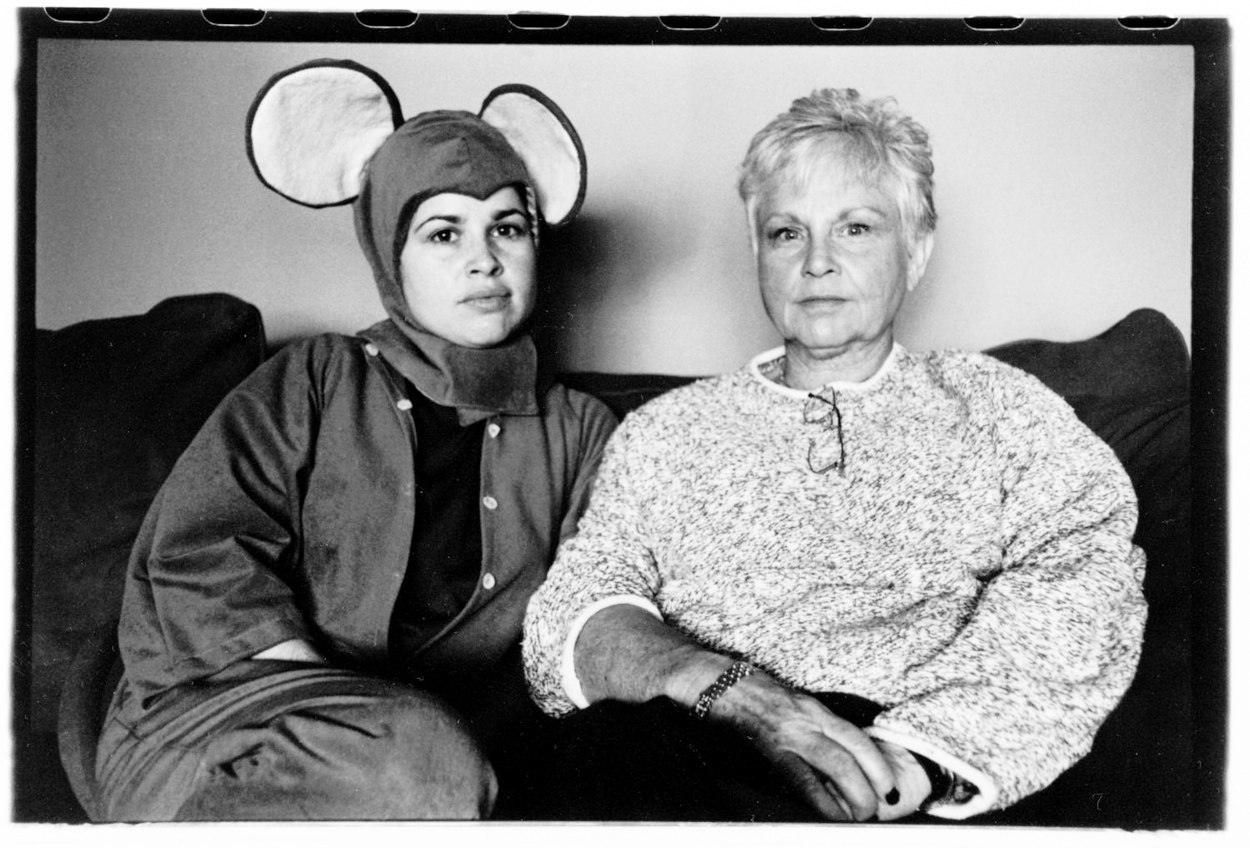 eden_swartz_photography_mouse with mother-.jpg