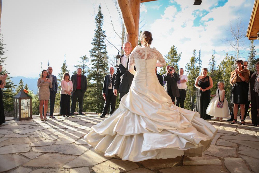 Intimate Mountain Wedding | Breckenridge, Colorado | Bello & Blue Events | Colorado & Denver Wedding Planner