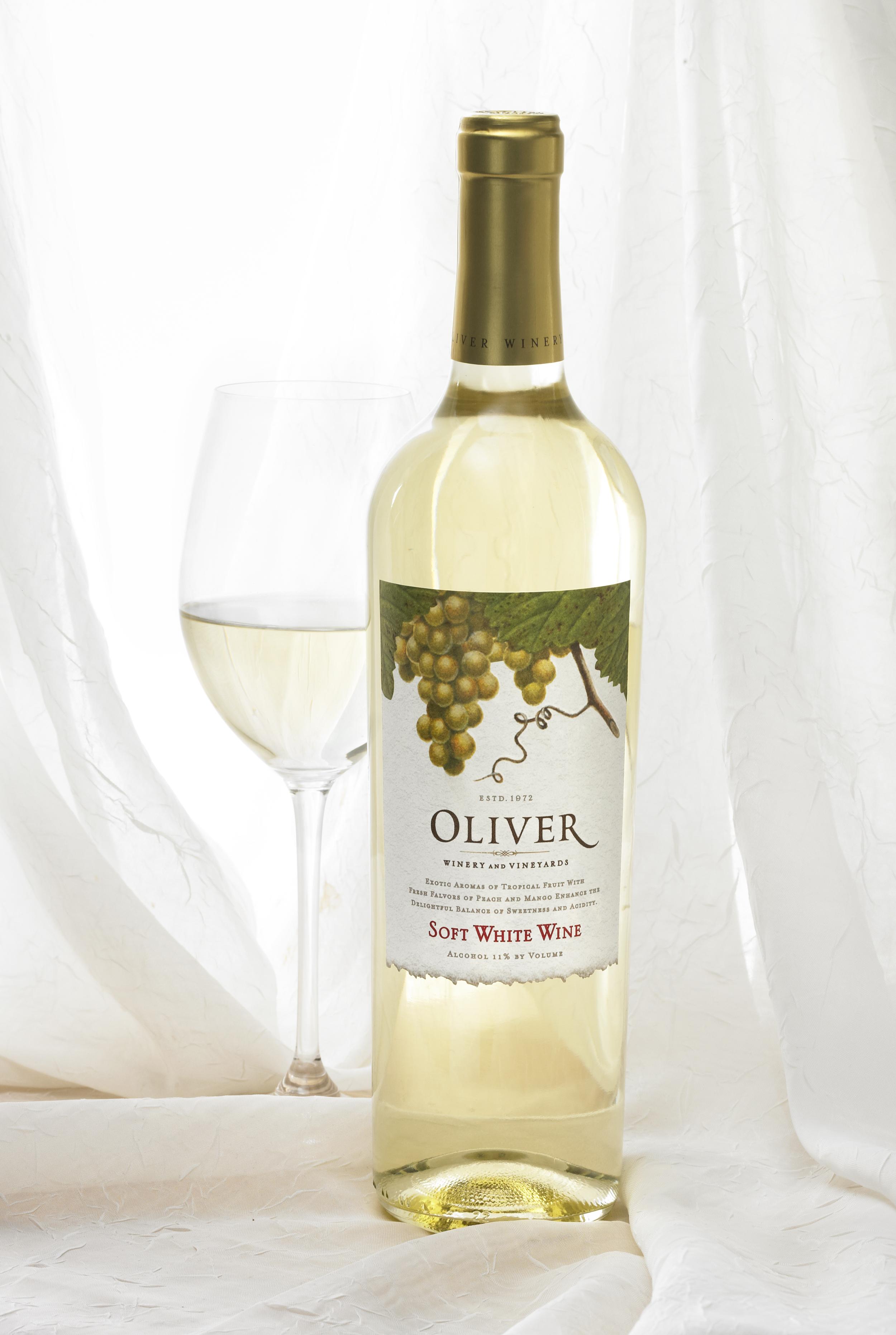 Oliver Soft Series White Single Beauty.jpg