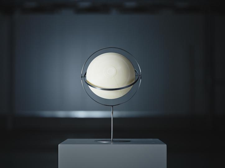 Olafur-eliasson-ikea-little-sun-sammanlankad-product-design-itsnicethat-01.jpg