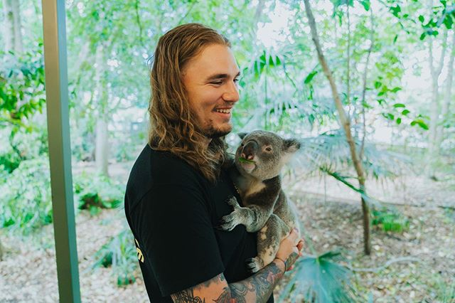 koala straight up copped a feel