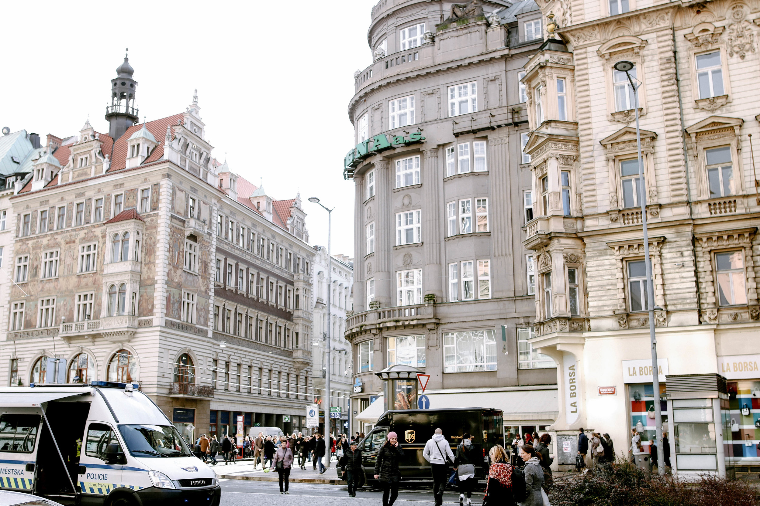 PRAGUE-11.jpg