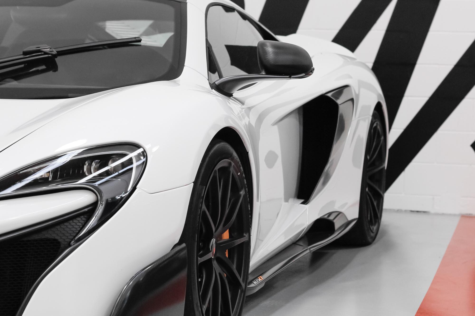 McLaren 675LT side