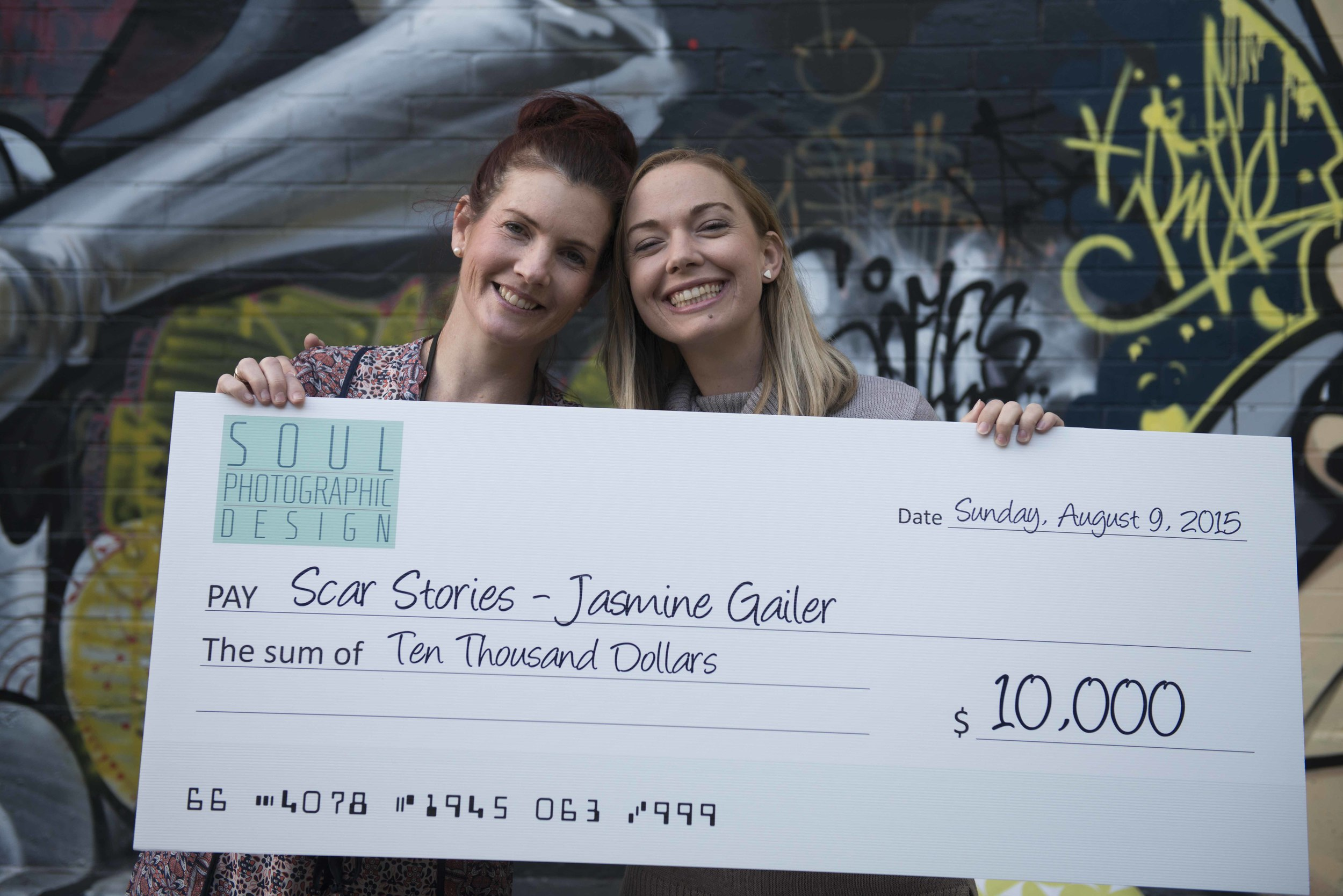 Suzanne McCorkell, winner of Moran Contemporary Photographic Prize 2014 donates $10,000 to Scar Stories August 9, 2015