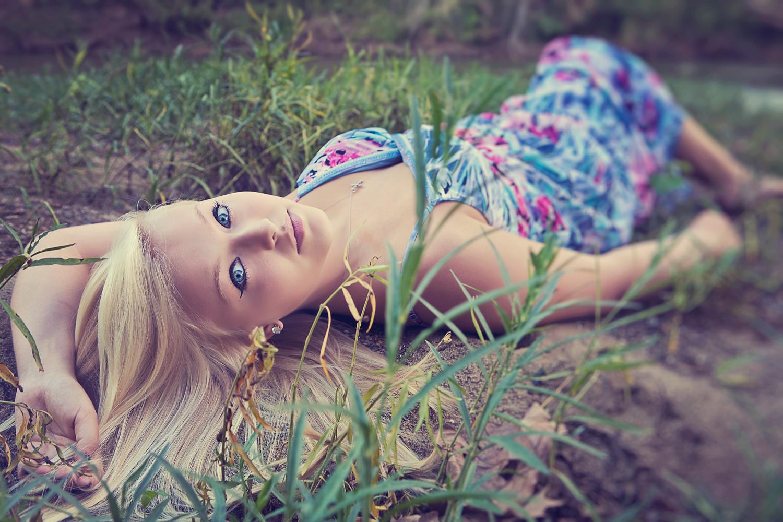 sarapatton-seniorportraits-athens-ohio-0708.jpg