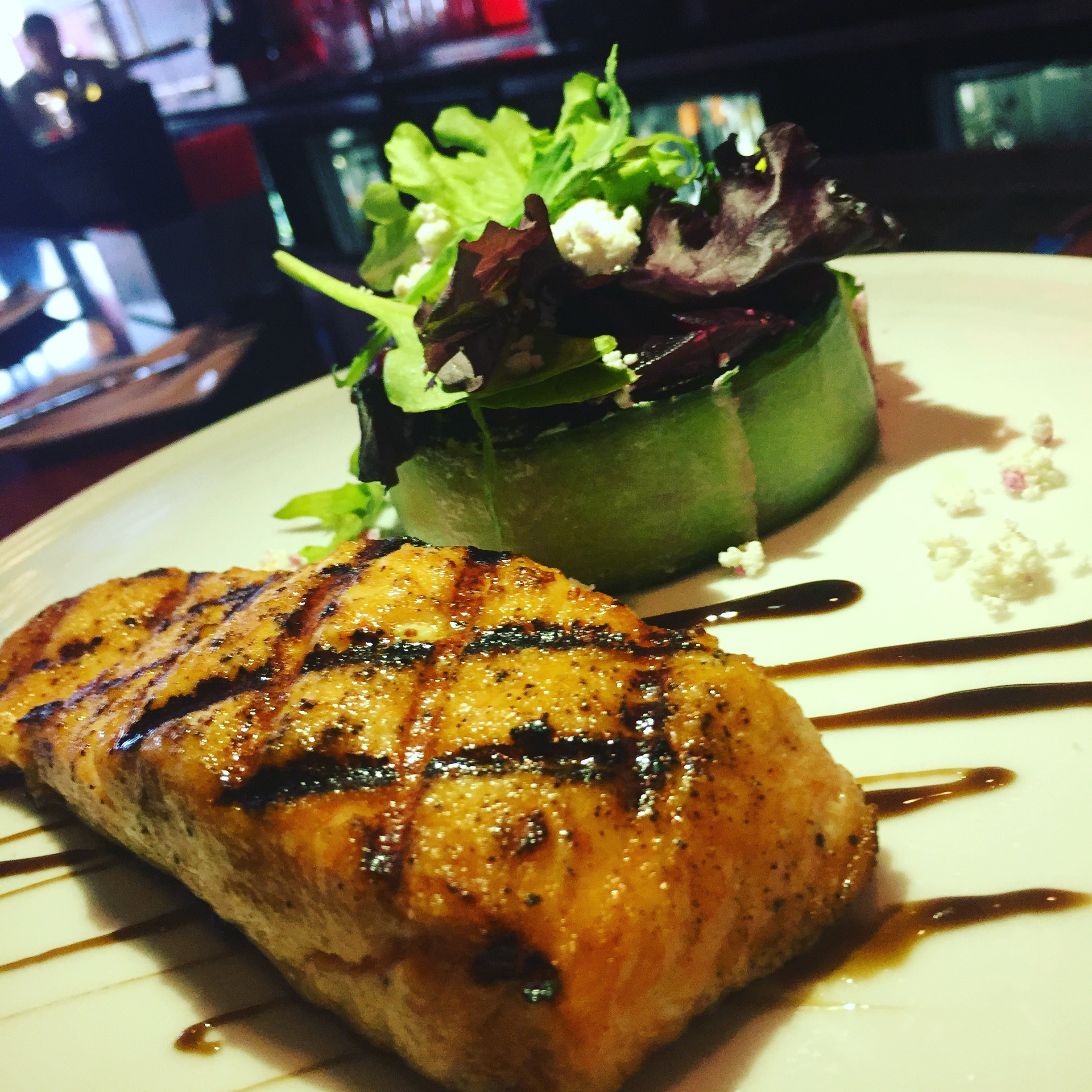 Grilled salmon with beet tartar