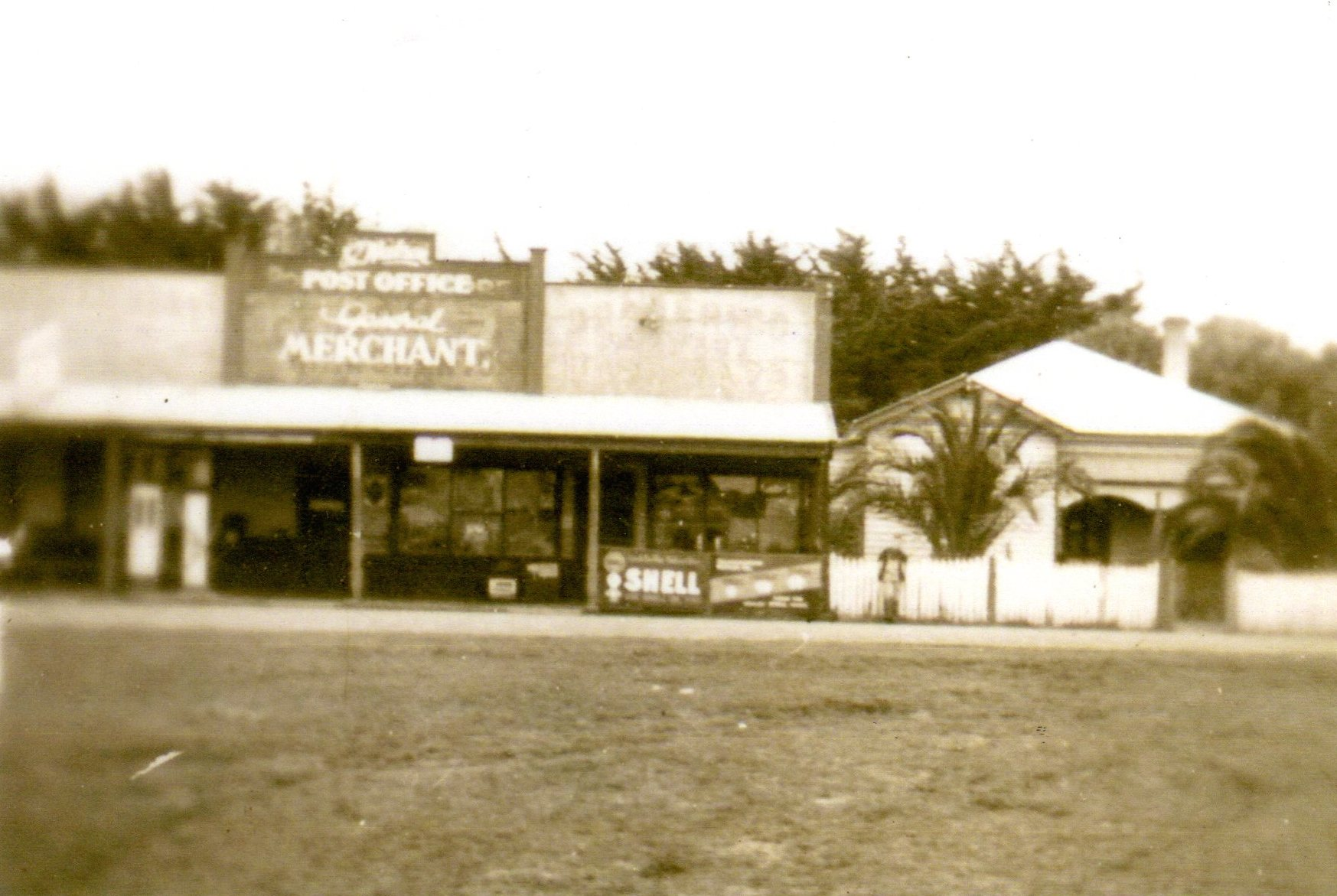 Pomborneit North Store 1946