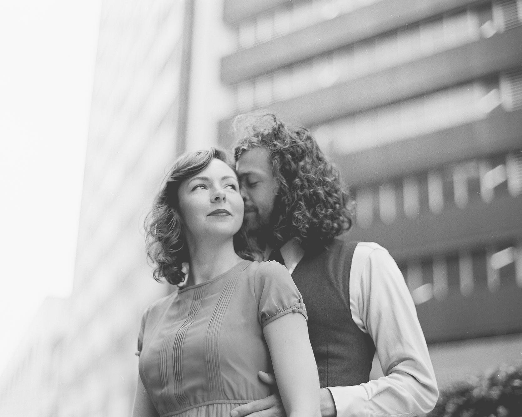Downtown Dallas Engagement Photography - Jessica Garmon