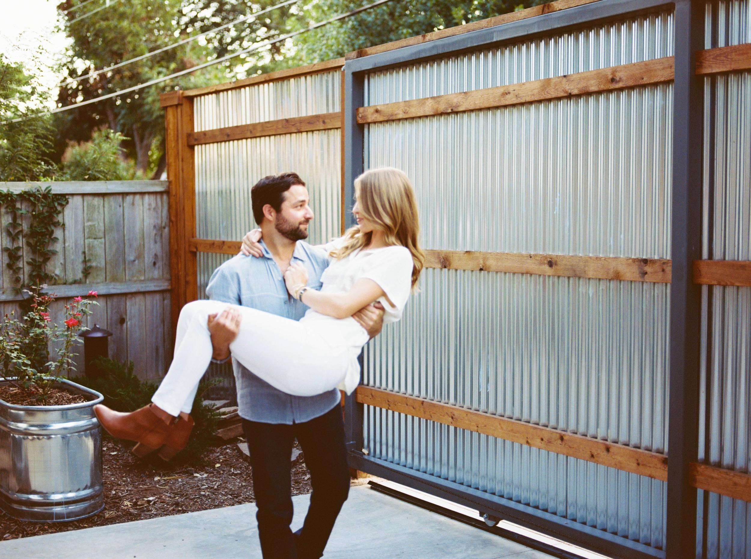 Dallas_Engagement_Wedding_Photographer-18.jpg