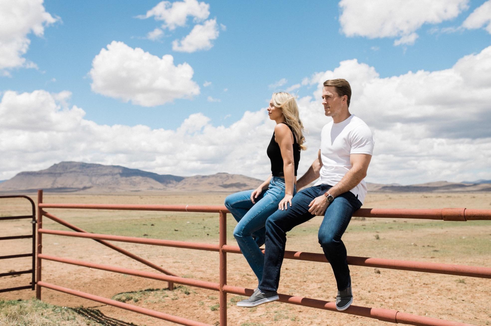 13_Marfa-Texas-Engagement-Jessica-Sherrell-112.jpg