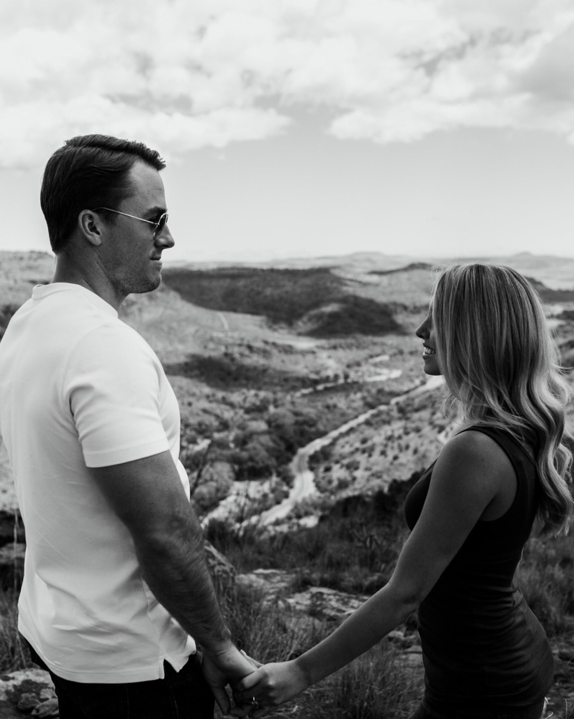 69_Marfa-Texas-Engagement-Jessica-Sherrell-14.jpg
