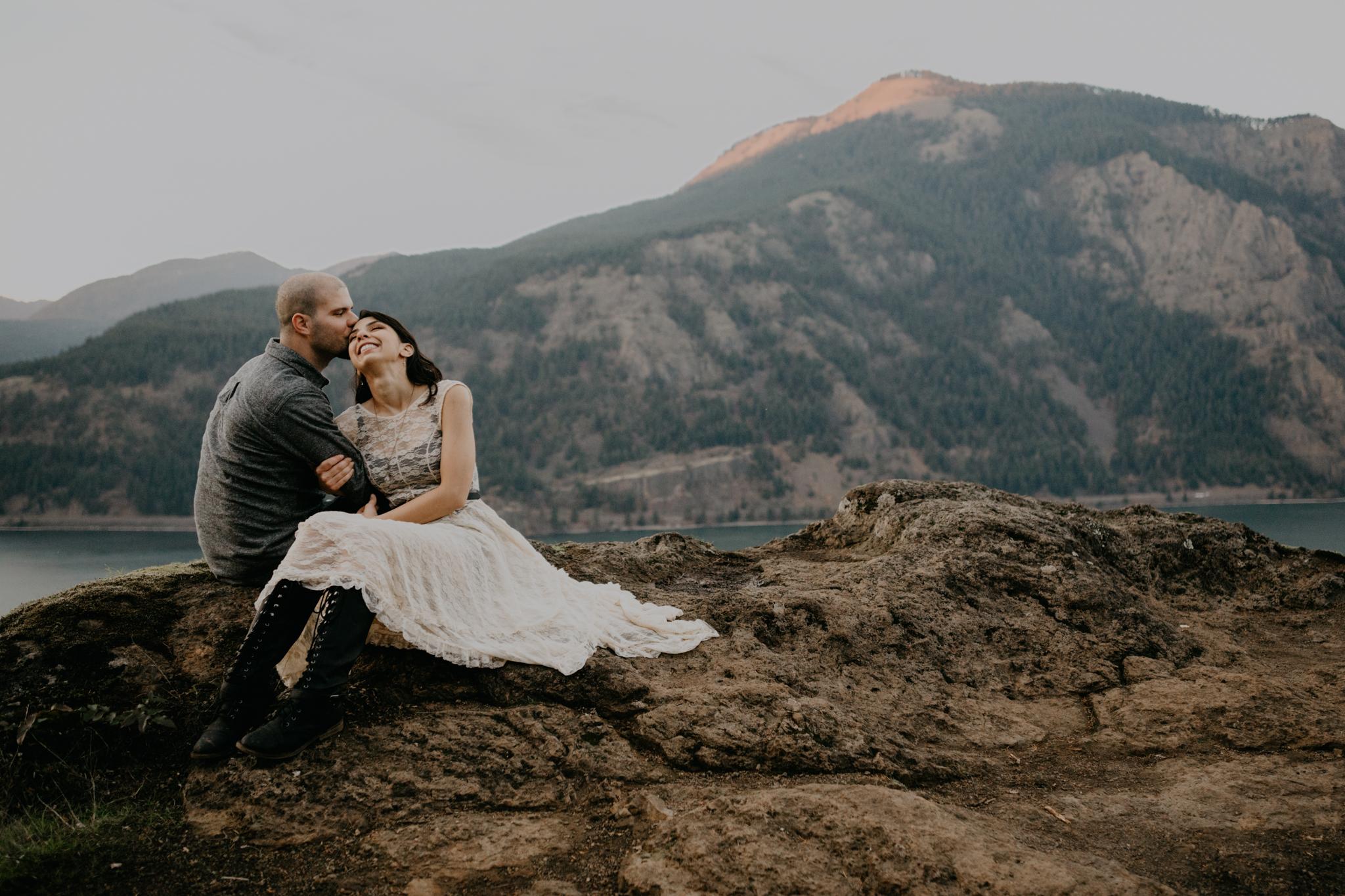 Columbia River Gorge - Portland Engagement