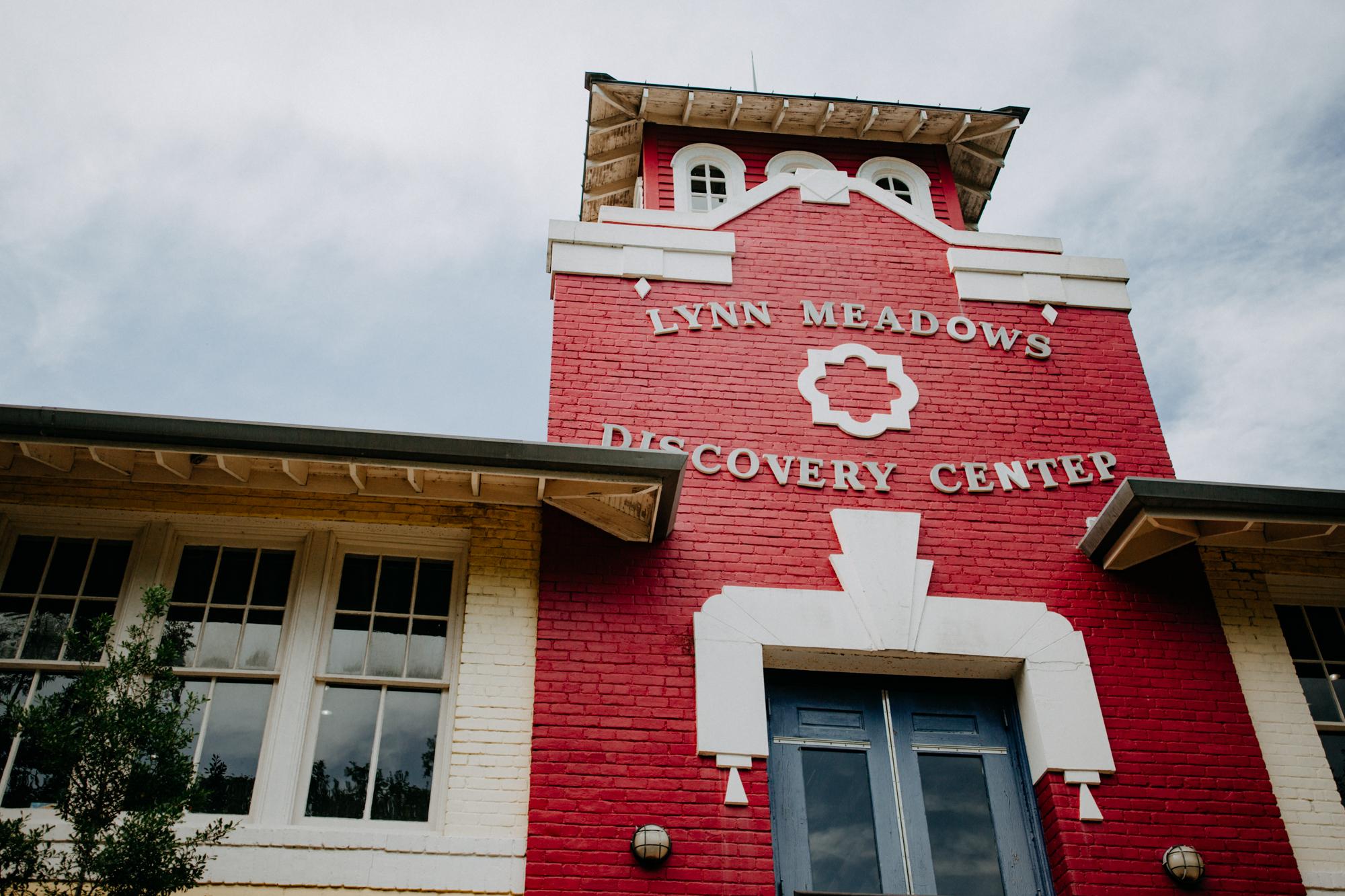 Lynn Meadows Discover Center Wedding