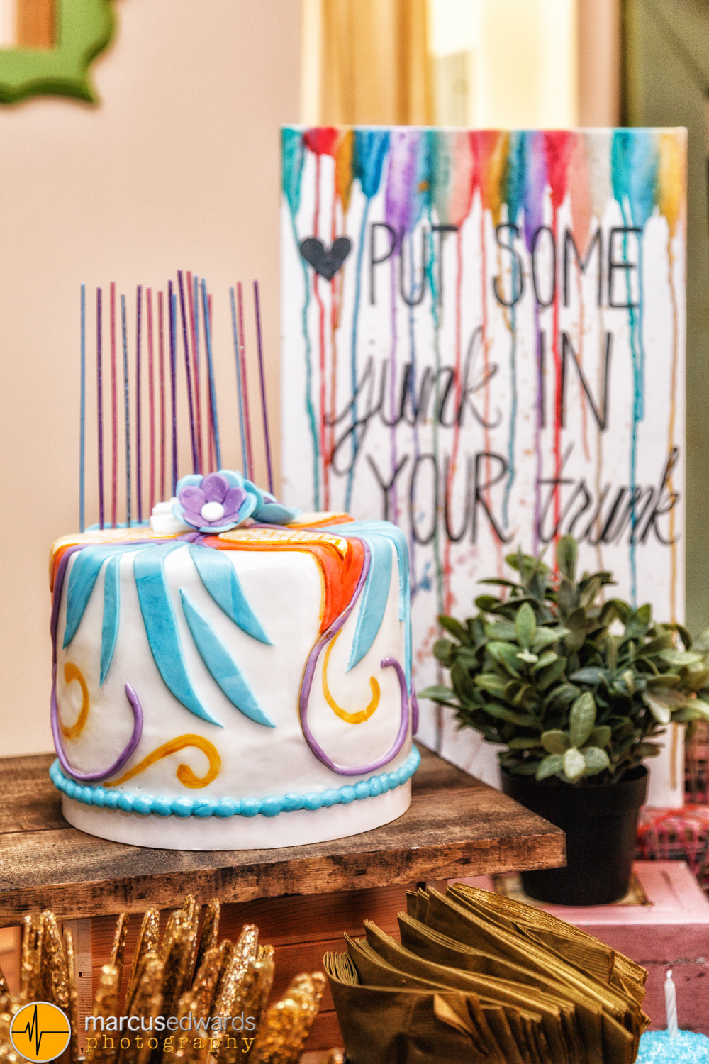 Cindy, Janie's mom, makes the most fantastic cakes. Well, pretty much everything she makes is great. But she IS famous for her cakes.