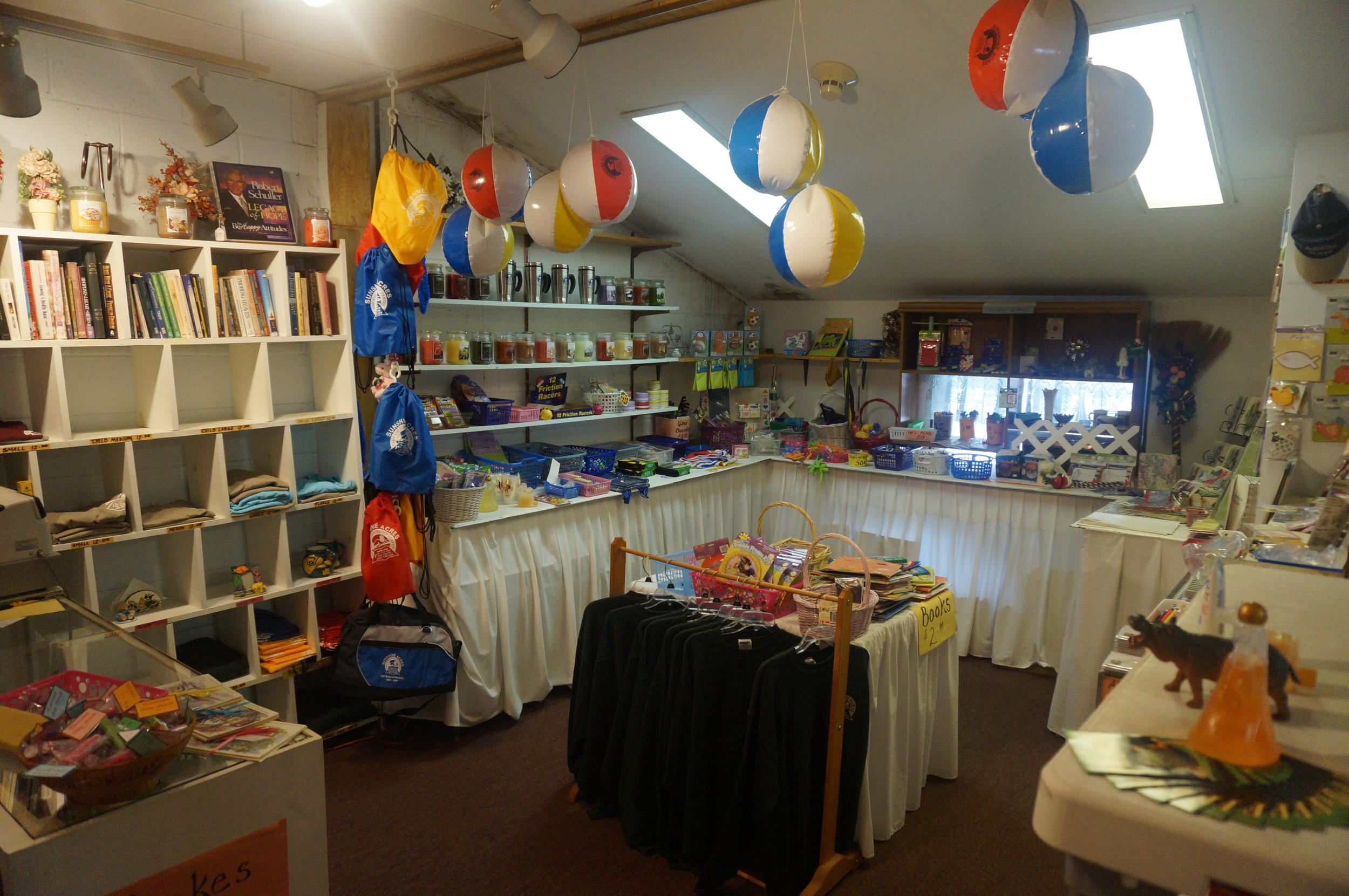Lodge Gift Shop.jpg