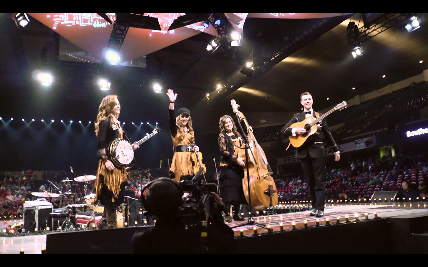 SouthernRaised-MainStage2-NQC2013.png