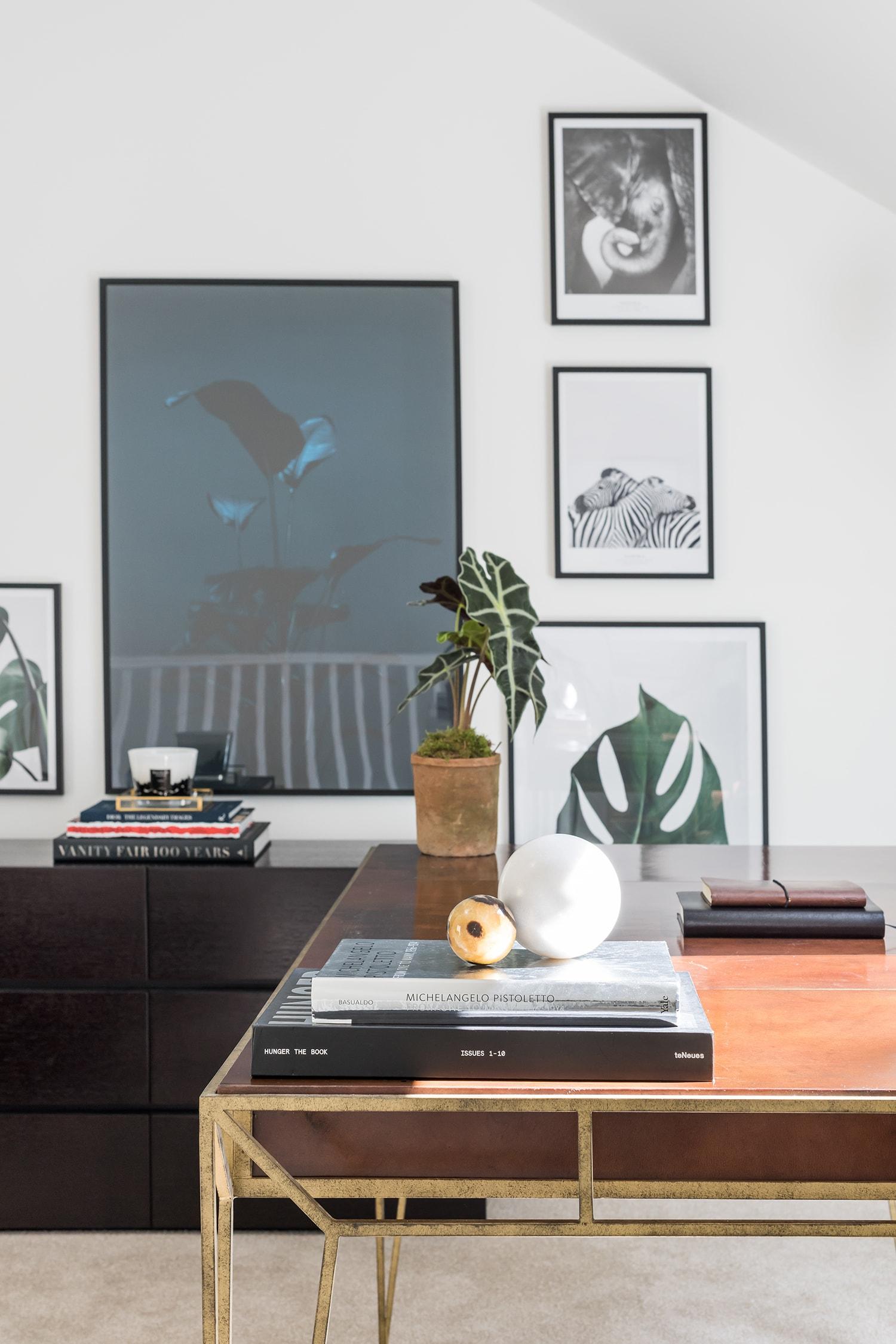 A.LONDON_Ashchurch_Villas_Living_Room_09.jpg