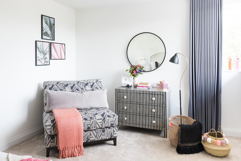 A.LONDON_Ashchurch_Villas_Bedroom_21.jpg
