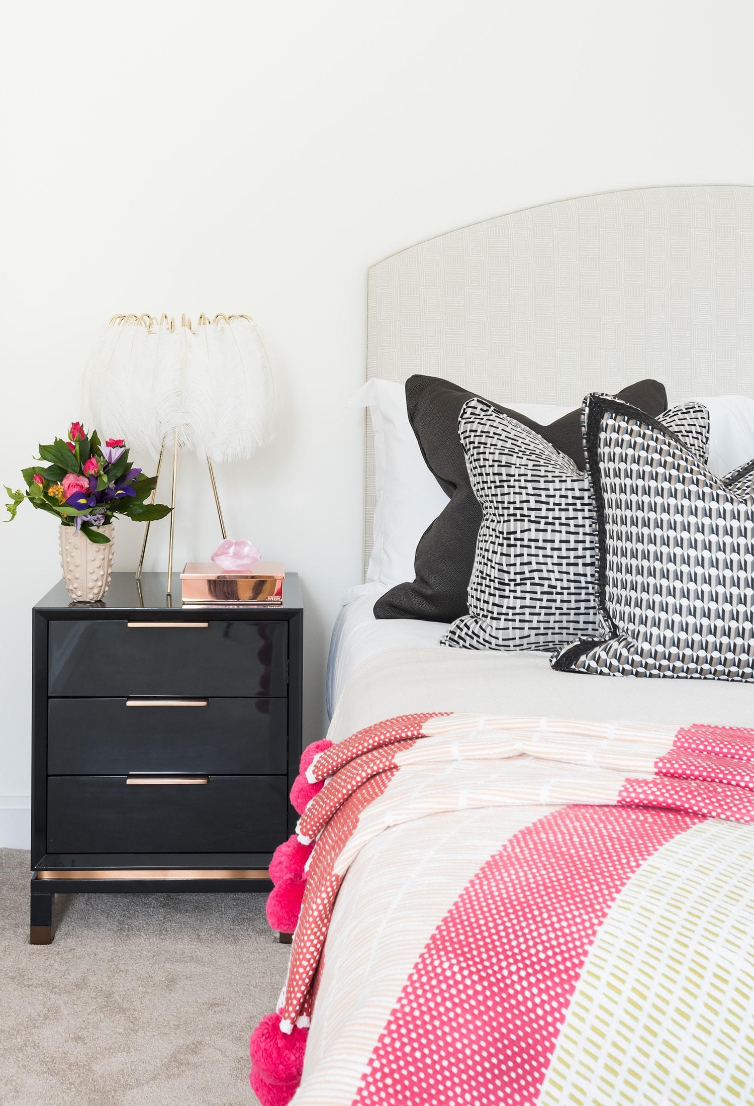 A.LONDON_Ashchurch_Villas_Bedroom_20.jpg