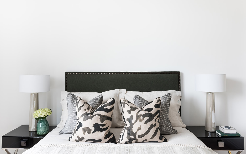 A.LONDON_Ashchurch_Villas_Bedroom_22.jpg