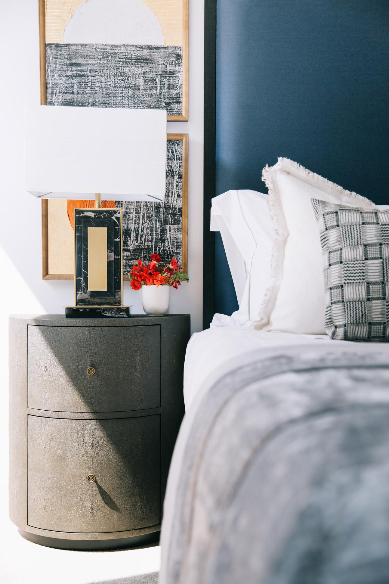 A_LONDON_Holland_Park_Villas_17_Bedroom.jpg
