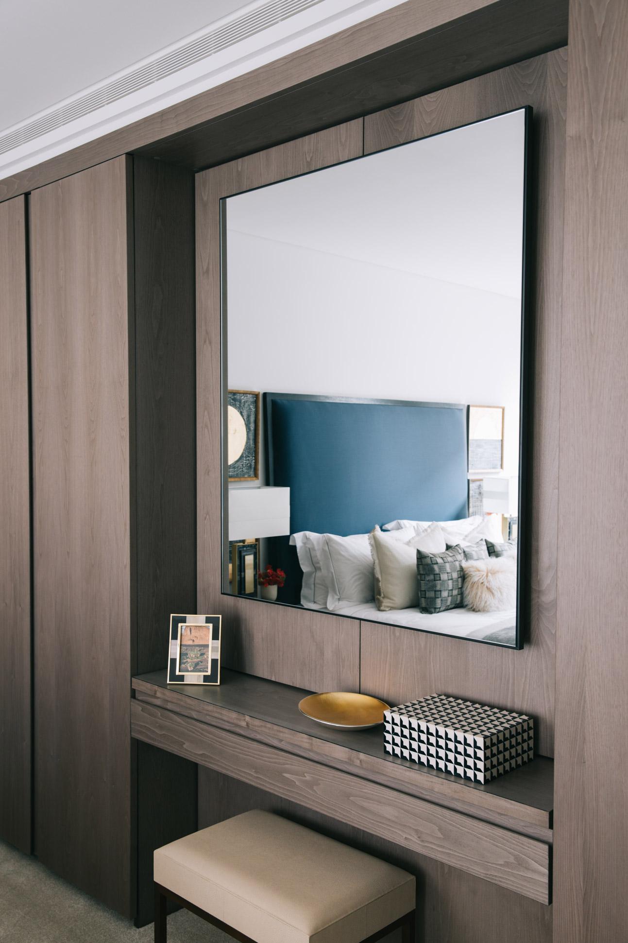 A_LONDON_Holland_Park_Villas_18_Bedroom.jpg